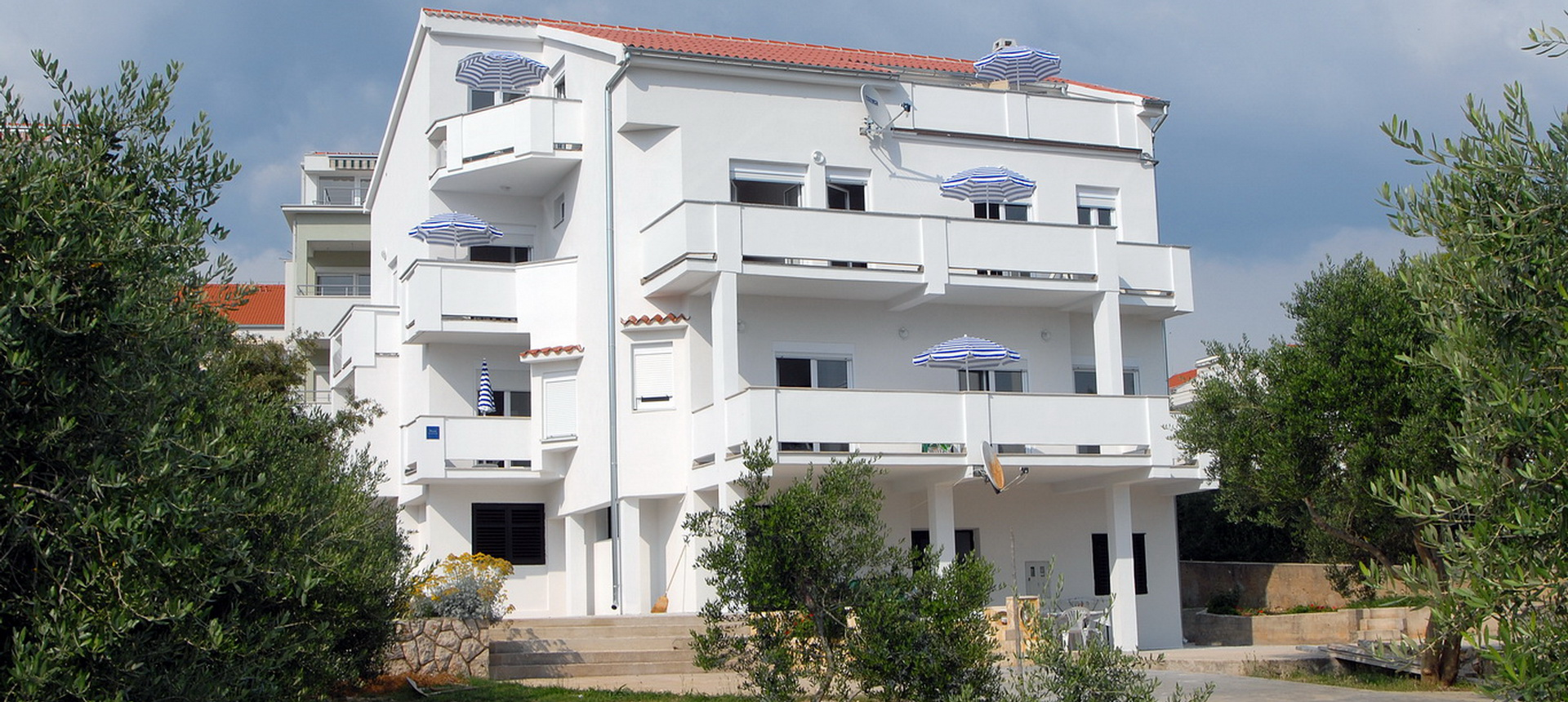 Novalja apartments